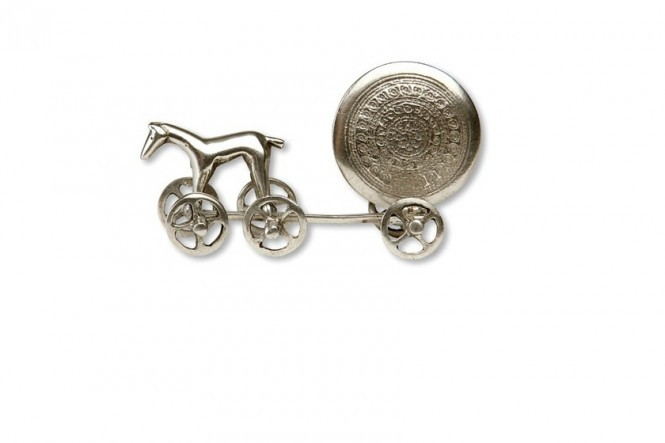 Miniature Sun Chariot in Silver Tin