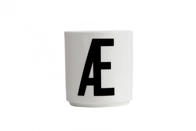 "Design Letters ""Æ"" Egg Cups"